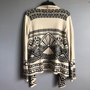 Flying Tomato Sweaters - Flying Tomato • Aztec Print Open Cardigan